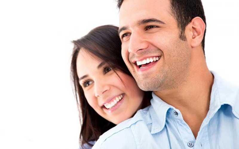 ۵ سیاست زنانه برای جذب همسرتان