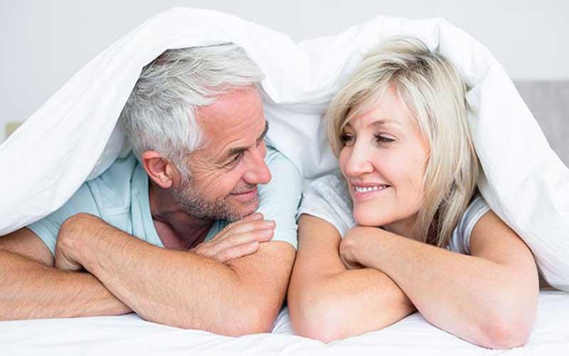 آیا زنان بعد از یائسگی دچار کاهش میل جنسی می شوند