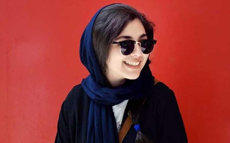 بیوگرافی منا اسکندری بازیگر نقش مینا در سریال آچمز