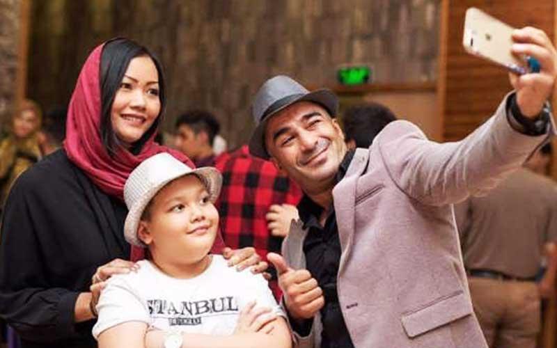 گفتگوی جدید یوسف تیموری درباره زندگی شخصی و پسرش آرمین+ ویدئو