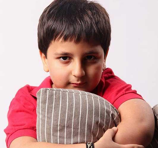 عکس کودکی محمدرضا شیرخانلو