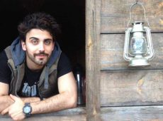 بیوگرافی محمد صادقی بازیگر نقش آبتین در سریال نمایش خانگی مانکن