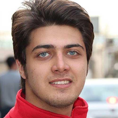 علی مسلمی در نقش برادر کمال