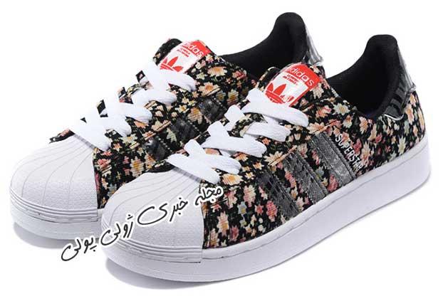 کفش کتونی دخترونه گلدار