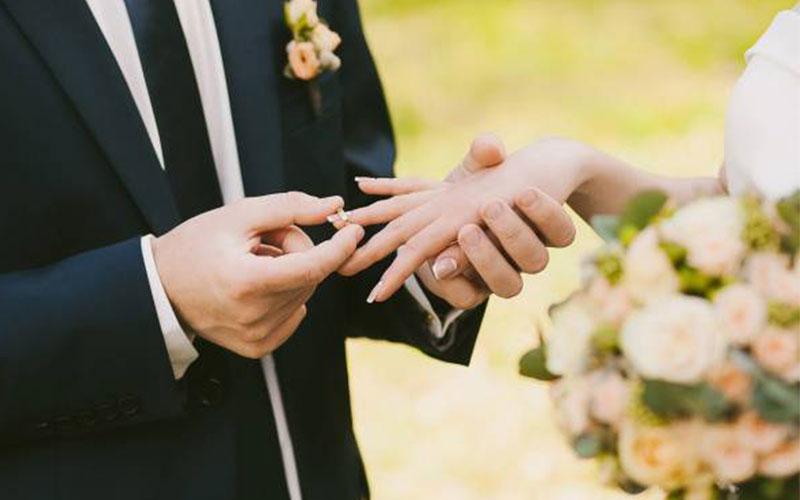 ضرب المثل هایی درباره ازدواج